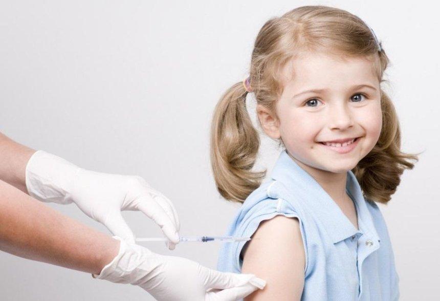 В Украине изменился календарь профилактических прививок