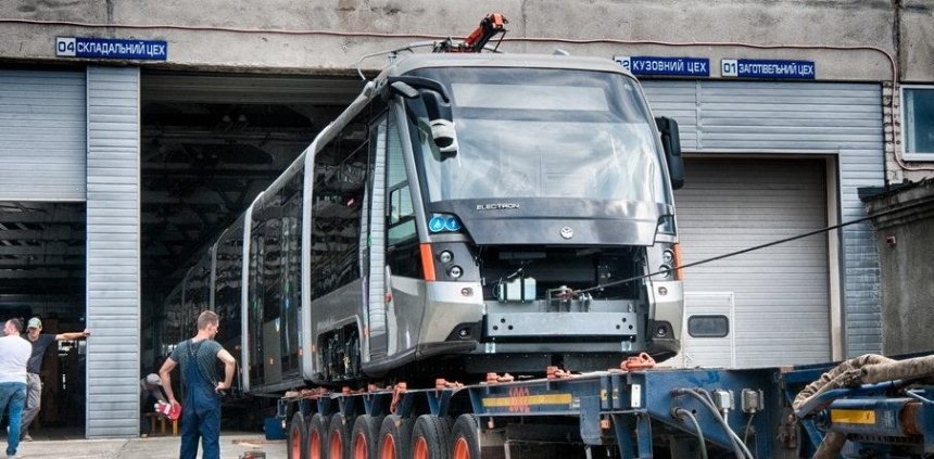 В Киев едут новые львовские трамваи (фото)