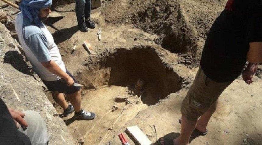 Археологи знайшли в Києві стародавній некрополь (фото)