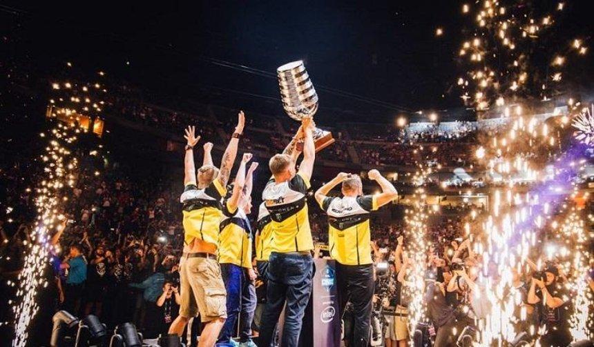 Украинские киберспортсмены одержали победу на международном чемпионате по CS:GO