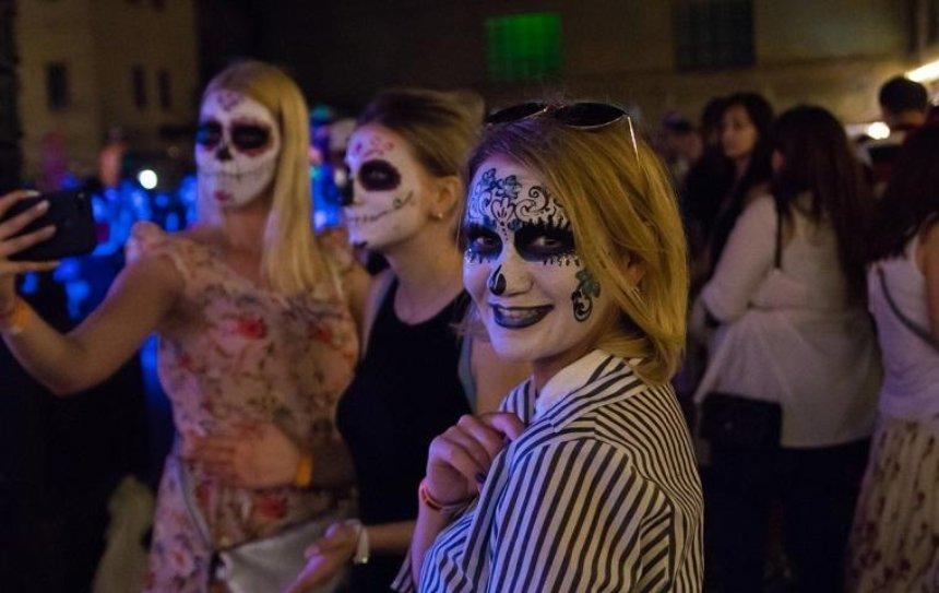В Киеве стартовал фестиваль Santa Muerte (фото)