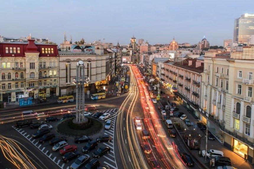 Киевляне просят переименовать площадь Льва Толстого — петиция