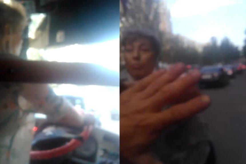 В Киеве водительница троллейбуса побила и обматерила пассажира за замечание о маске