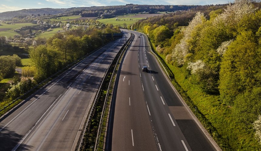 Трассу Киев – Ровно хотят отдать инвесторам для строительства платной дороги