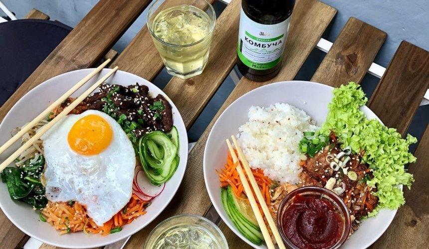 Новое место: азиатская кухня вкафе Asian Bowl наГоголевской