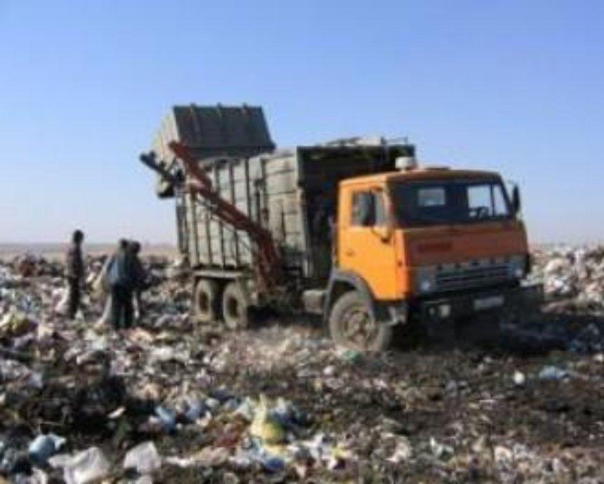 Городские власти следят за мусорщиками с помощью GPS