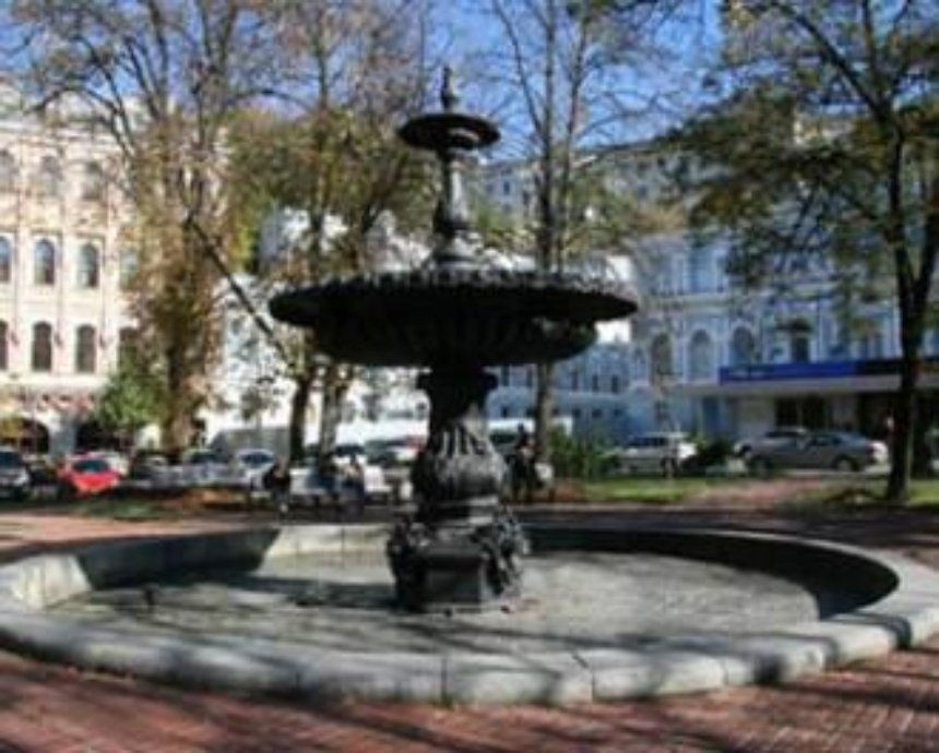 Фонтан возле театра Франко отремонтируют немцы