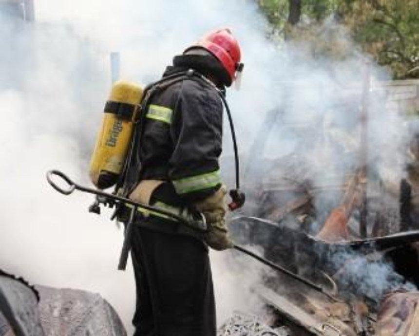 На улице Вернадского в Киеве горели склады