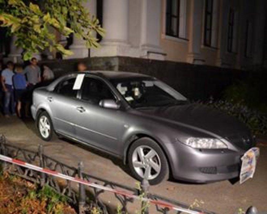 """""""Стрелок"""", попавший в авто замминистра, оказался пьяным капитаном милиции"""