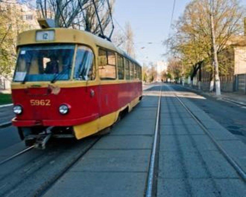 В Киеве заблокировано движение трамваев