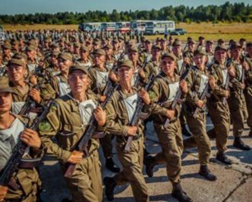 На День независимости в Киеве проведут военный парад (фото)