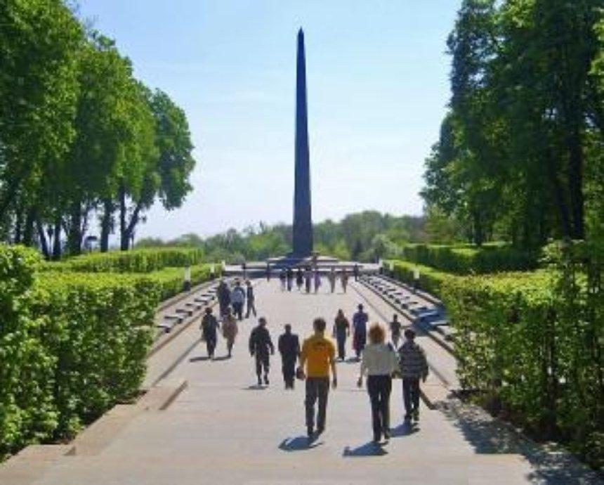 В Парке Славы перезахоронят воинов АТО и Второй мировой войны