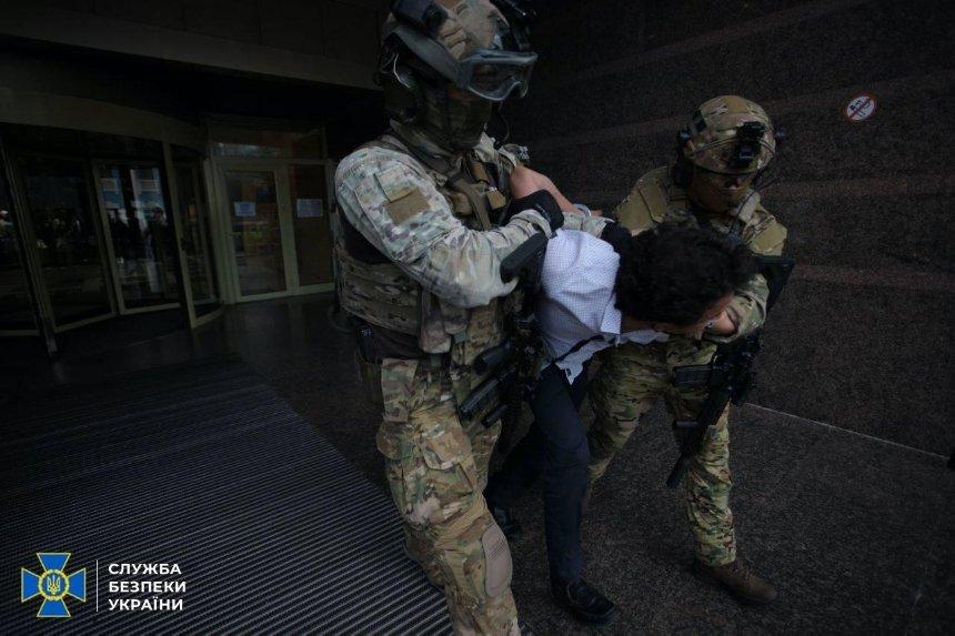 Захват банка в центре Киева: задержанному сообщили о подозрении