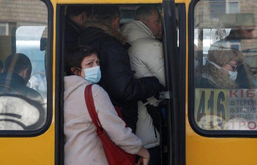 В маршрутках может подорожать проезд: перевозчики обратились к Кличко