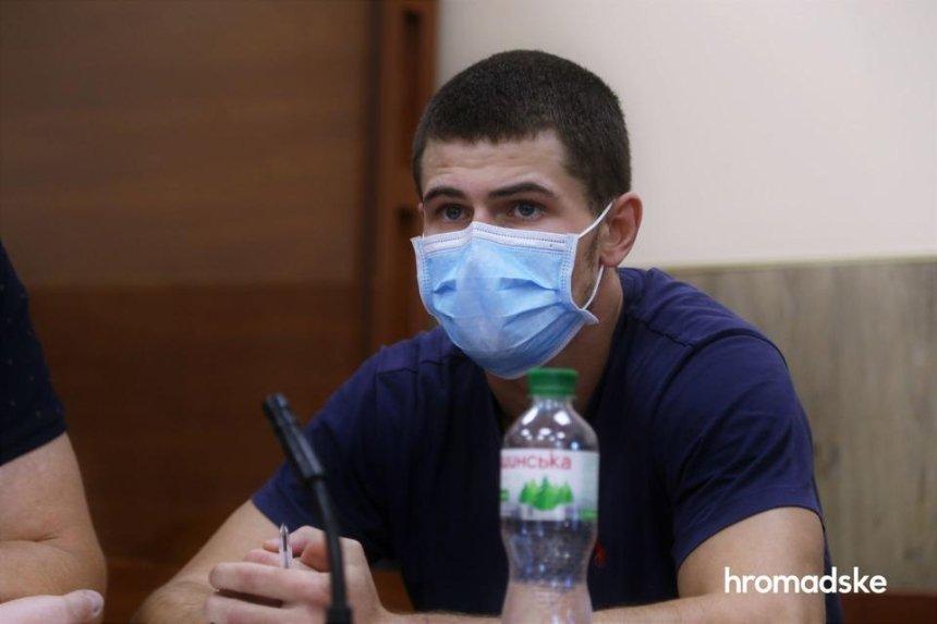 Суд арестовал подозреваемого в поджоге авто журналистов «Схем»