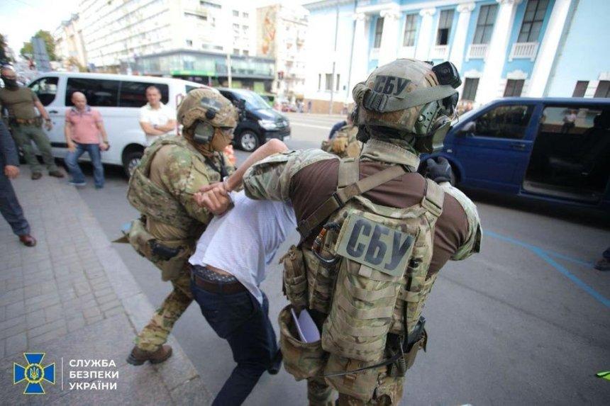Заявления террориста и захват заложницы: полиция рассказала о спецоперации в БЦ «Леонардо»