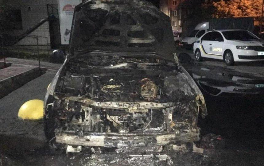 Полиция показа еще двух подозреваемых вподжоге авто журналистов «Схем»