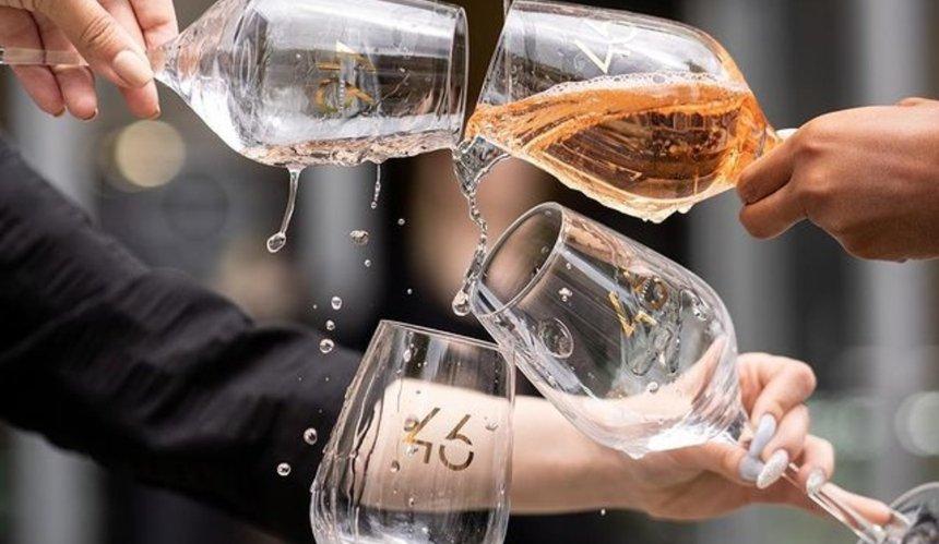 Новое место: винный бар Wine Hub возле Бессарабского рынка