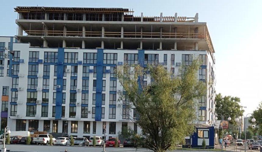 ВзаселенномЖК наОсокорках начали строить дополнительные этажи