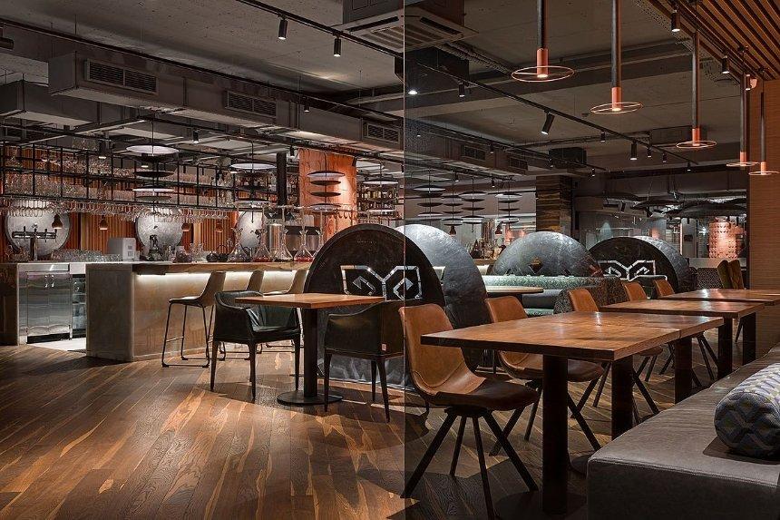 Ресторан UGLI. Фото: Loft Buro