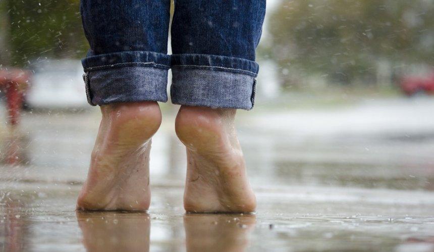 В столице существенно похолодает: идут дожди и грозы