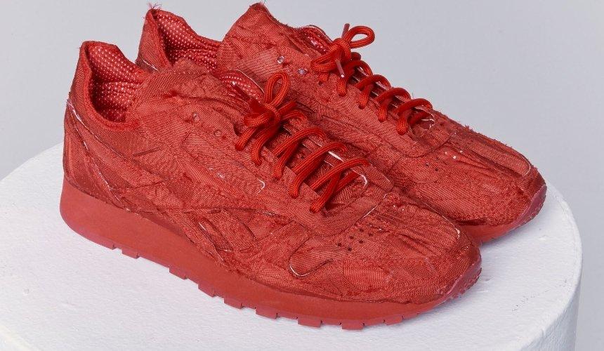 Reebok выпустил кроссовки из переработанных подушек безопасности