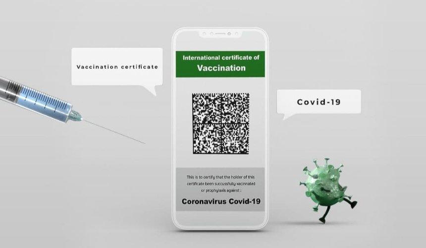 COVID-сертификат в Украине: как выглядит, что дает и какие есть проблемы
