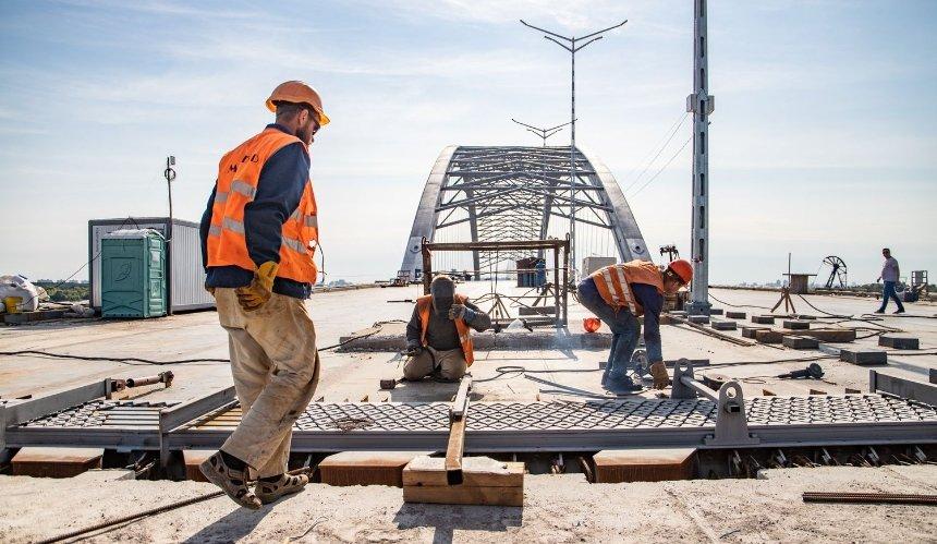 Как строят Подольский мост и метро на Троещину: что там уже сделали