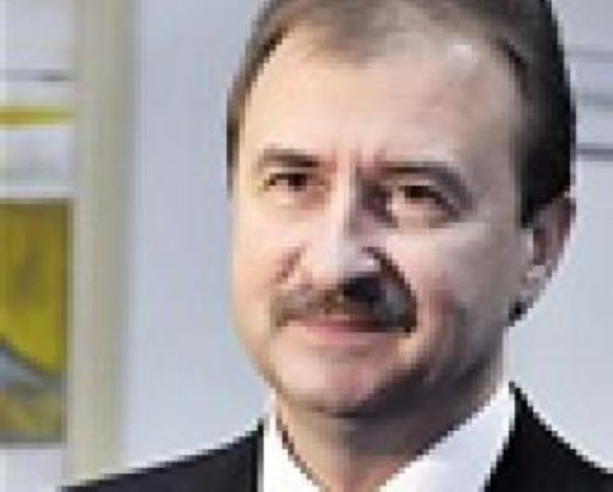 Попов подстроится под темпы строительства Колесникова