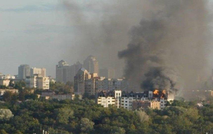 В Шевченковском районе горела новостройка (фото, видео)