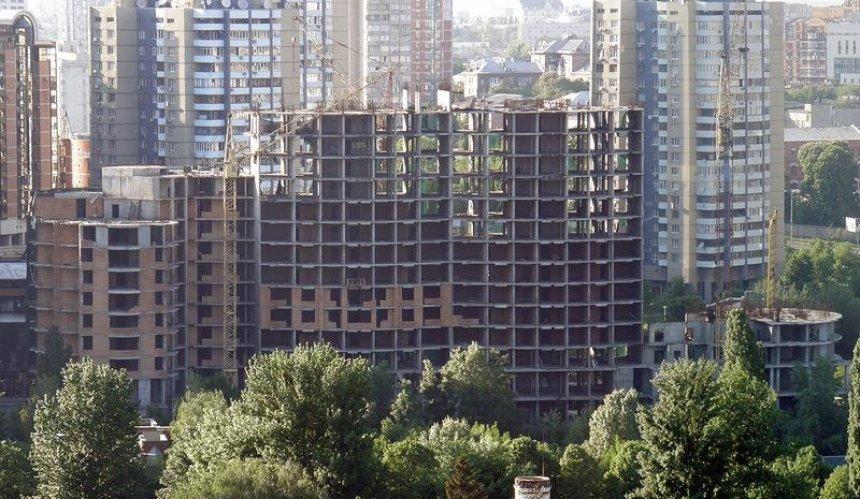 Застройщики пытаются отменить новые строительные нормы через суд