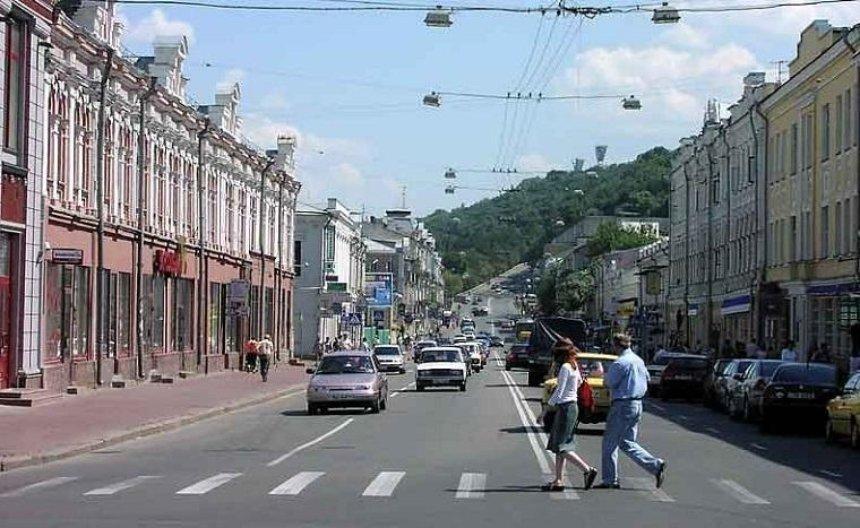 Улицу Сагайдачного очистили от рекламы (фото)