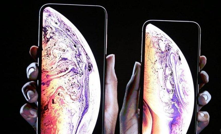 Apple показала нові моделі iPhone: як вони виглядають та що вміють (фото, відео)