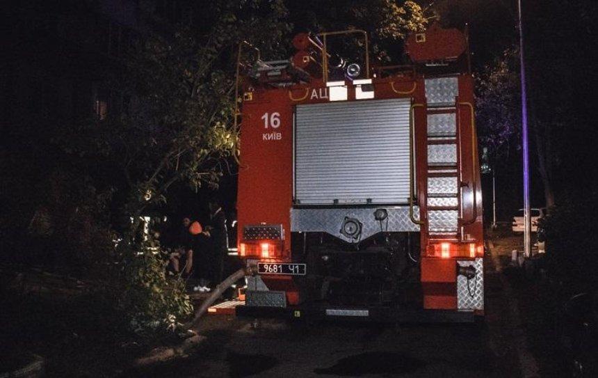 На Березняках в квартире сгорел мужчина (фото)
