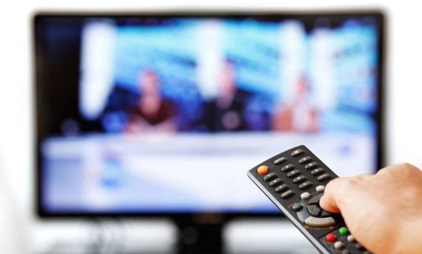 Руководителям телеканалов и радио рекомендуют отказаться завтра от развлекательных программ