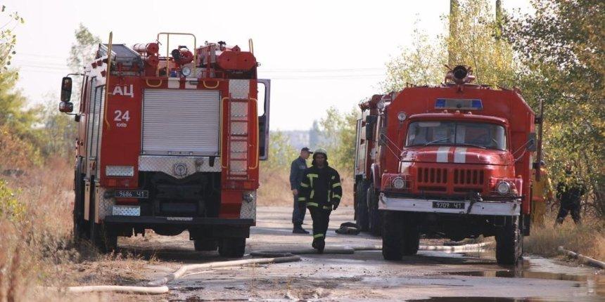 Пожар на свалке в Дарницком районе наконец-то удалось потушить