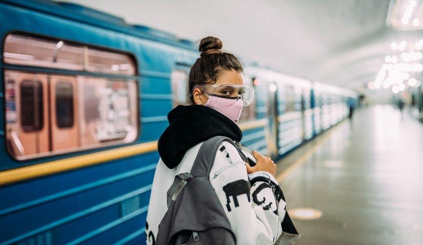 Жителей Киева предупредили опроверках масочного режима