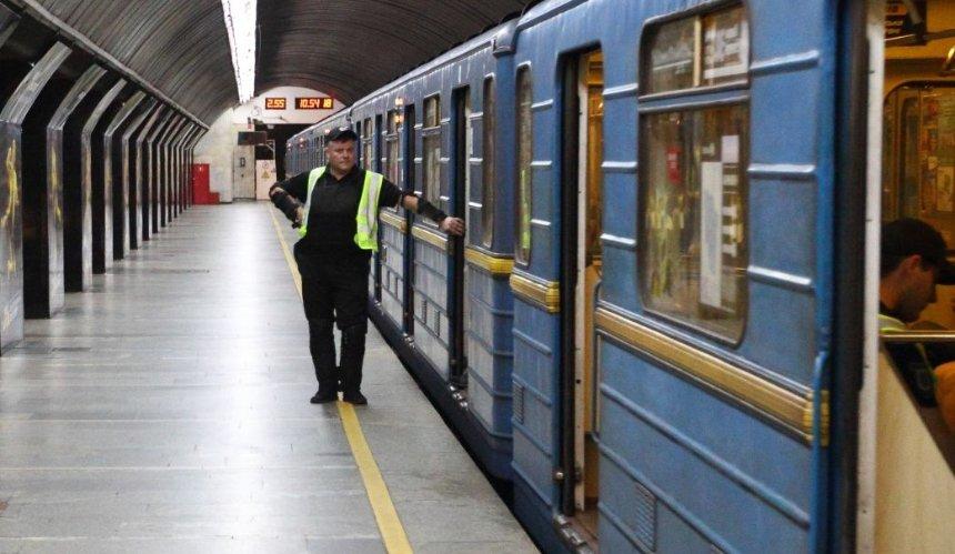 Столичный общественный транспорт будет работать на час дольше: когда