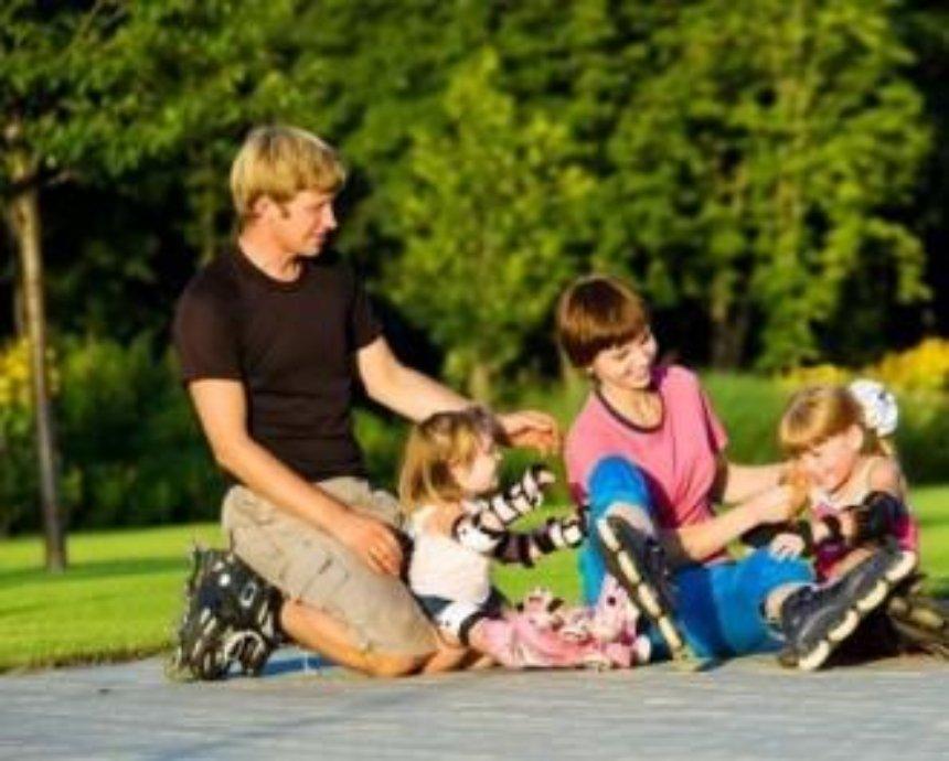 Выбираем роликовые коньки для всей семьи