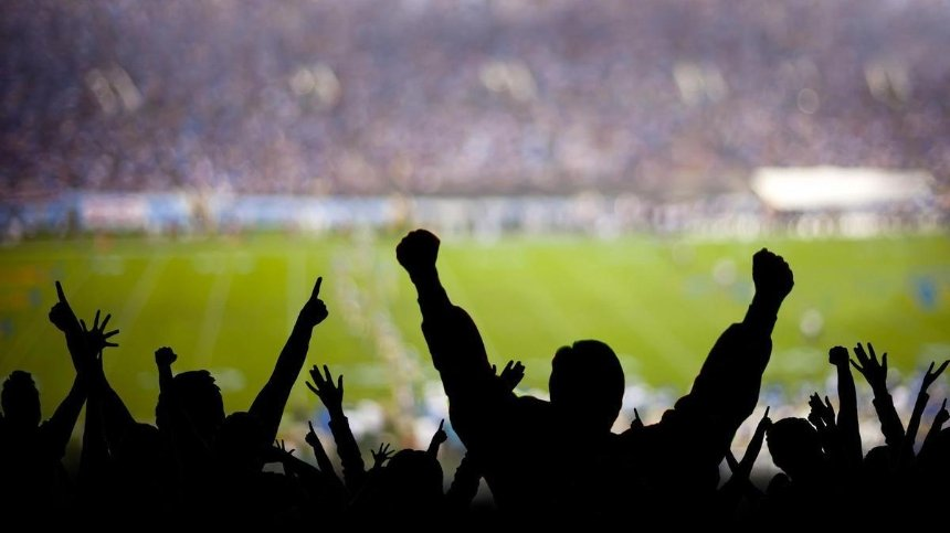 УЕФА позволит матчи еврокубков и национальных сборных со зрителями