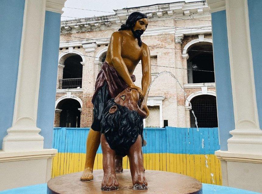Как выглядит фонтан «Самсон» после реставрации