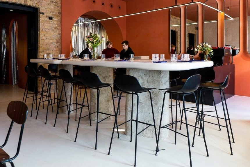 Новое место: заведение Pure & Naive запускает Breakfast Club с завтраками на выходных