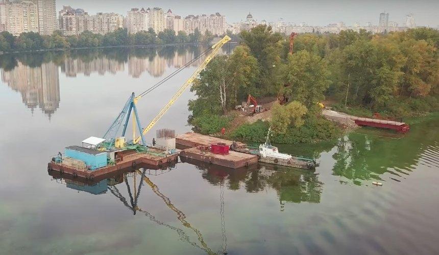 Строительство Оболонского моста показали с высоты птичьего полета