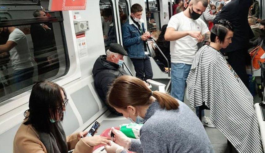 Вагон киевского метро превратили в торговый центр: зачем это сделали