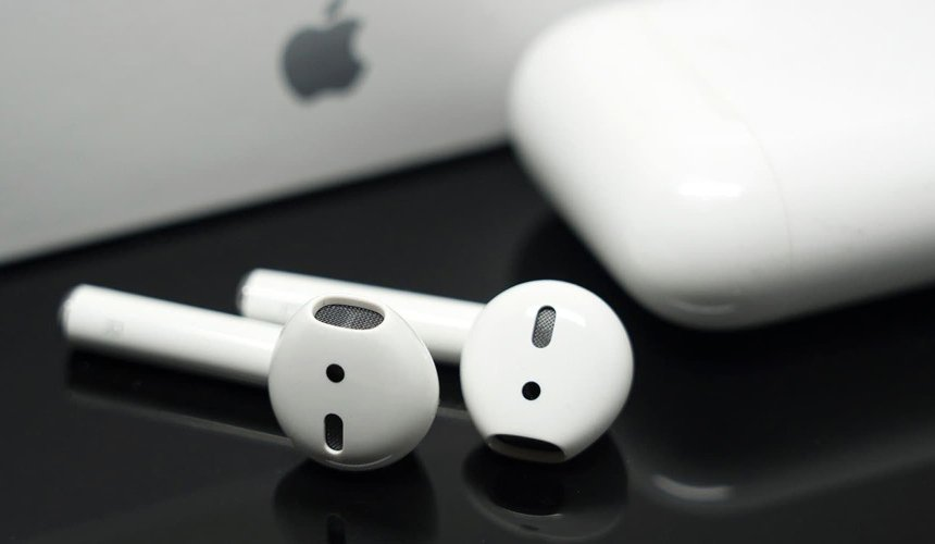 Apple планирует снабдить AirPods функциями улучшения слуха и осанки