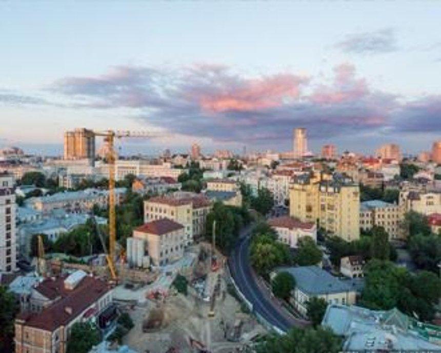 Высокое призвание: 60 видов с киевских крыш