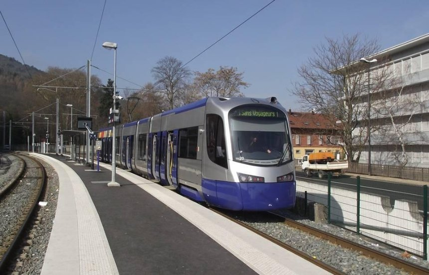 """120 кілометрів за годину і ніяких пробок: яким буде новий """"гібридний трамвай"""" на Троєщину"""
