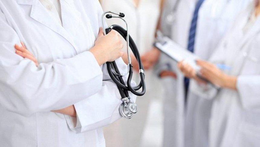 У київській лікарні родичка пацієнта побилася з лікарем