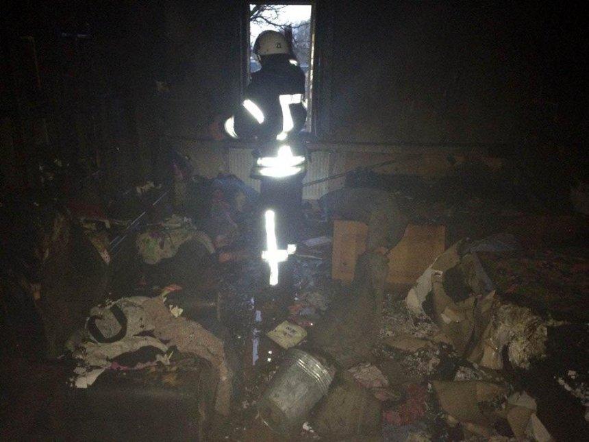 Под Киевом от взрыва телевизора пострадала семья из трех человек (фото)