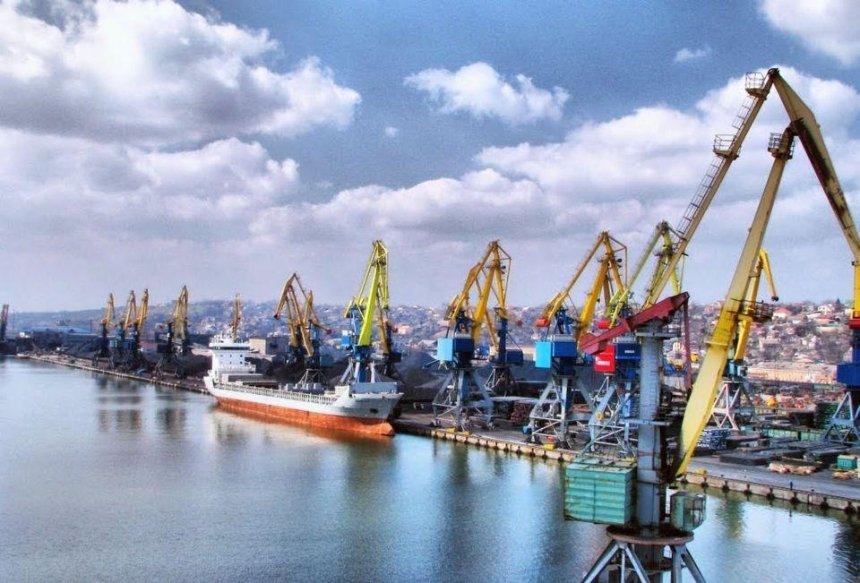 Россия заблокировала украинские порты вАзовском море— Мининфраструктуры